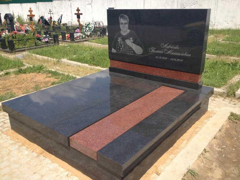 Из какого камня лучше заказать памятник на кладбище